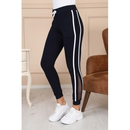 Pantaloni sport cu plasa si dungi