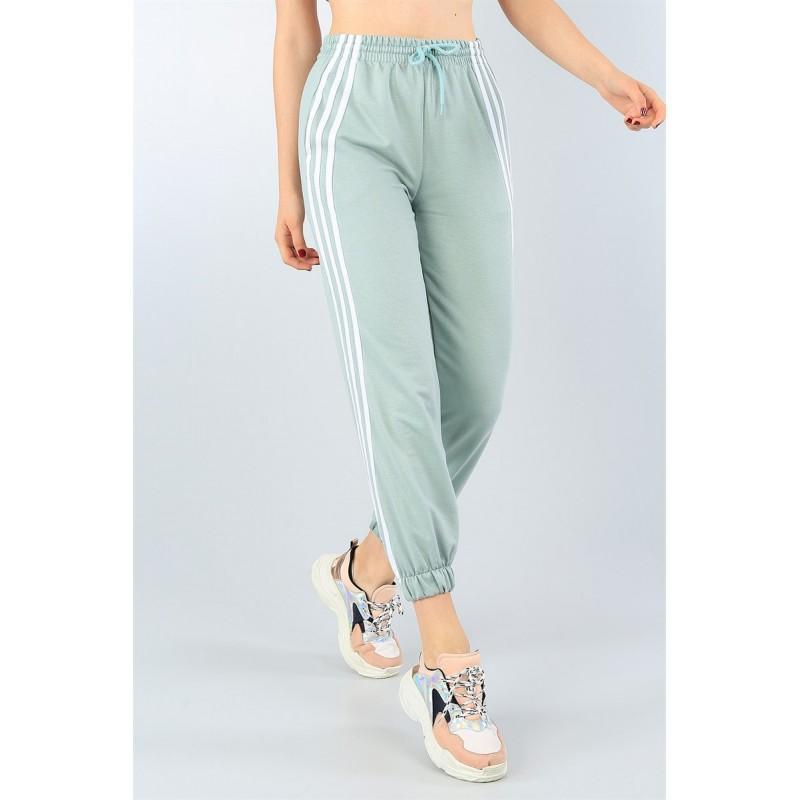 Pantaloni trening cu dungi albe,verde menta